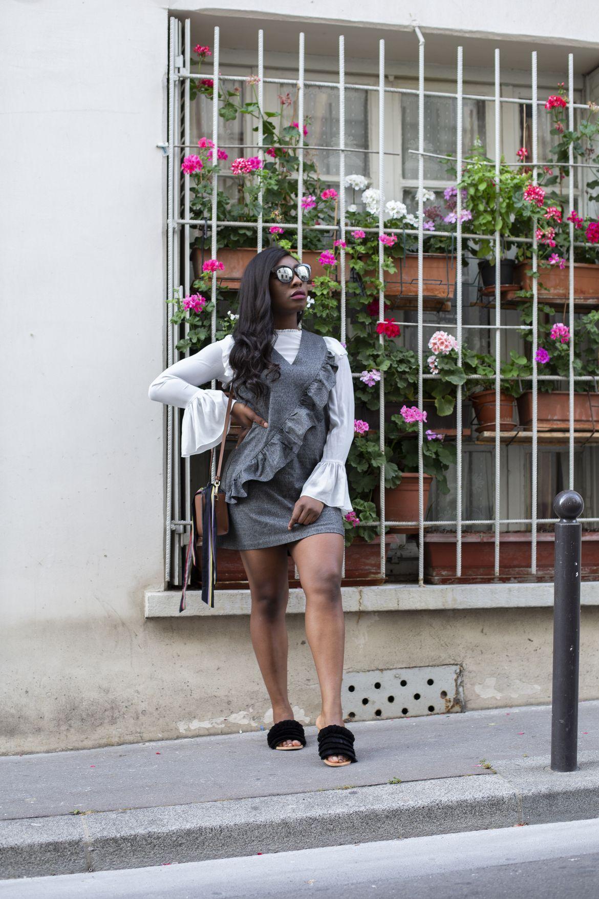 Golden Connexion : outfits gris métallique blogueuse mode paris
