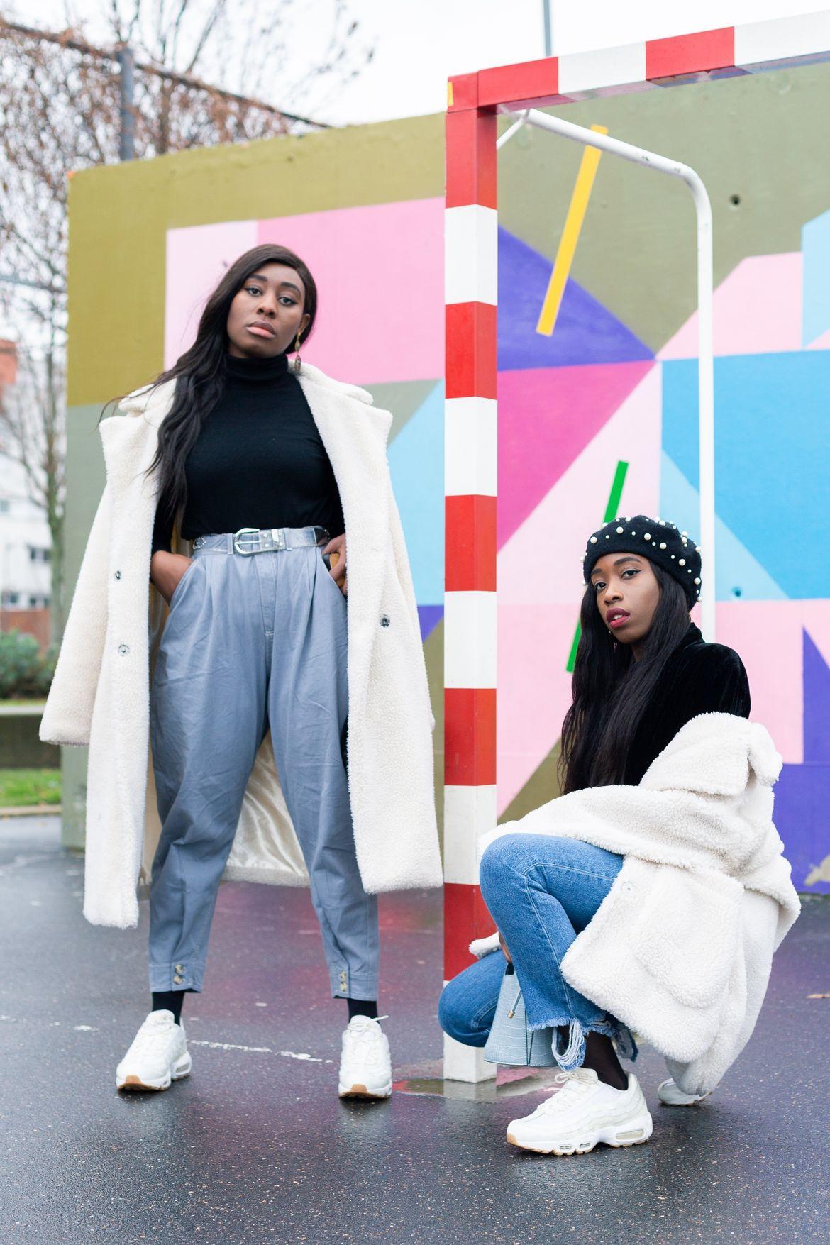 Golden Connexion : denim x blanc cassé, blogueuse mode parisienne